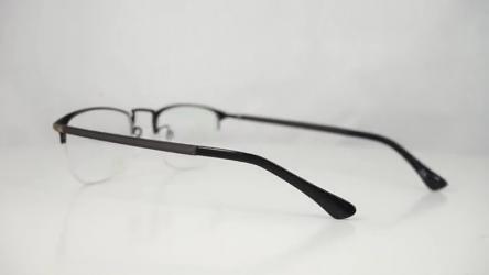 Eyeglass Frame Shapes M2686BLACK__GOLD_C1